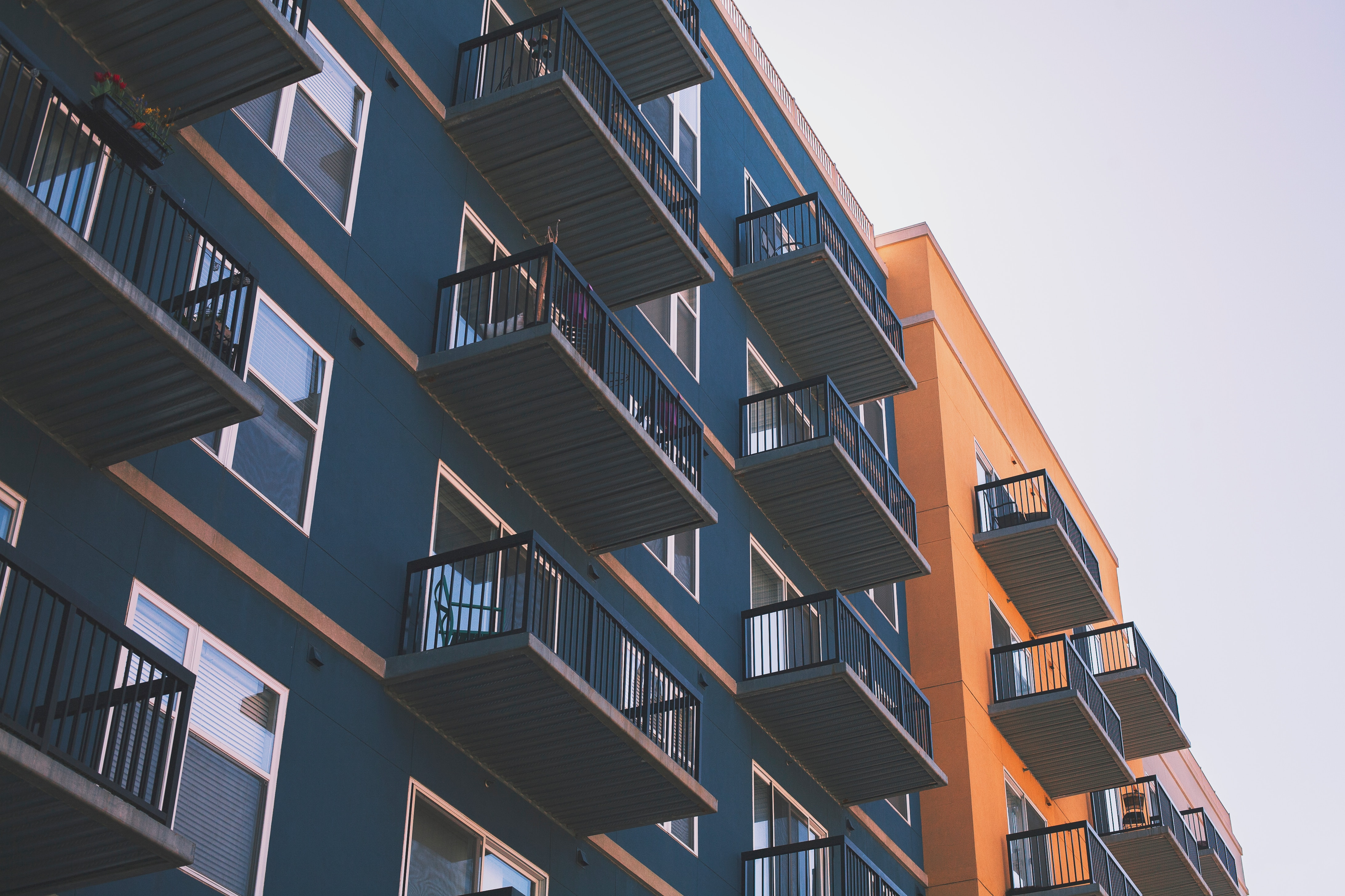 facade d'immeuble appartement à louer